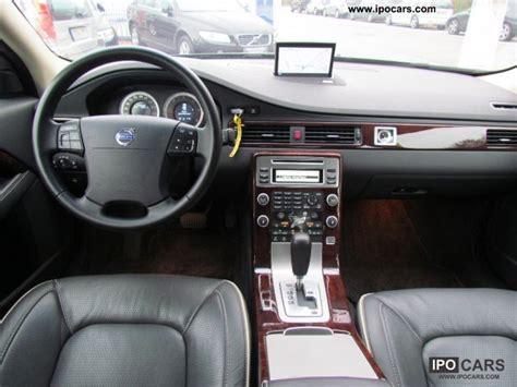 volvo   executive navigation car photo  specs