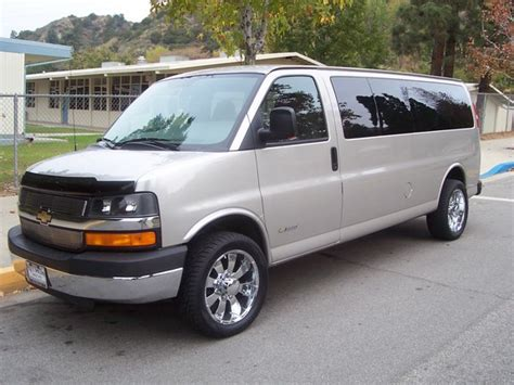 how cars work for dummies 2005 chevrolet express 1500 engine control fitemup 2005 chevrolet express 1500 cargo specs photos modification info at cardomain