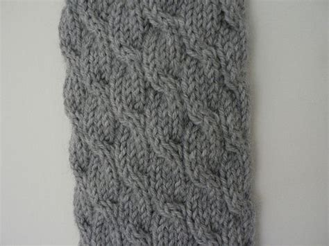 knitting patterns 8 ply wool cable knit scarf free pattern she used 8 ply wool and 4