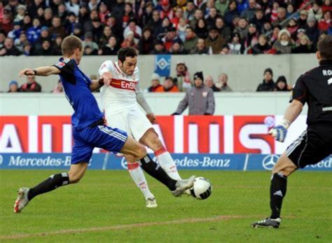 wann hat deutschland das letzte mal gegen italien gewonnen bissiger au 223 enverteidiger cristian molinaro vom vfb