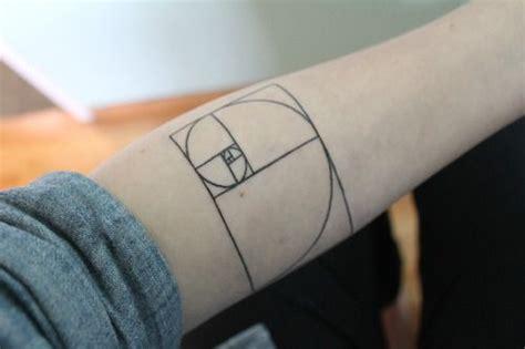 fibonacci sequence tattoo 25 great fibonacci spiral tattoos designs golfian