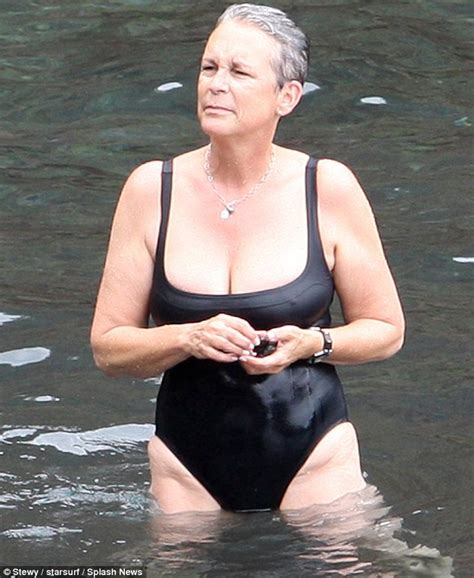 voluptuous jamie lee curtis looked great in a fitted