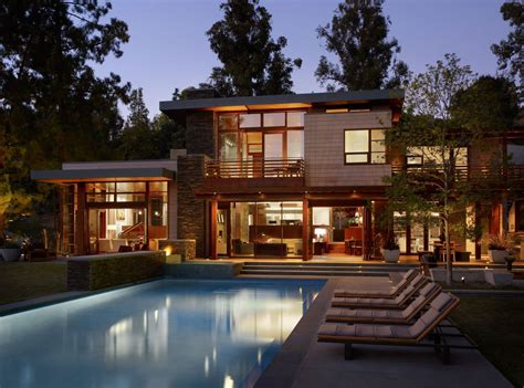 modurn pouses contemporary home in brentwood by rockefeller architects