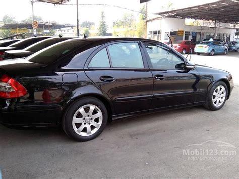 Di Mercedes E200 Kompressor jual mobil mercedes e200 2009 w211 1 8 kompressor 1 8