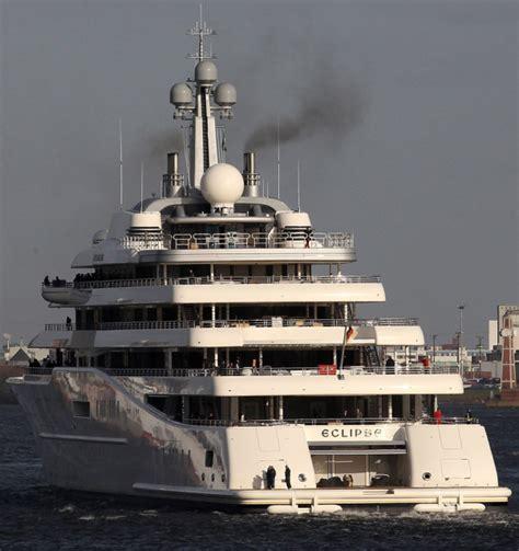 eclipse yacht layout superyachtfan roman abramovich eclipse blohm voss