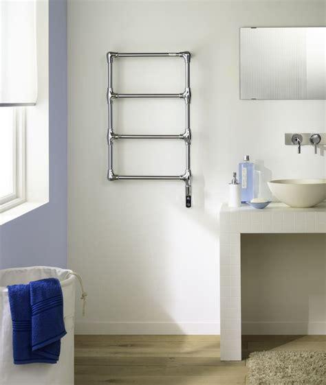 radiateur salle de bain 895 les 25 meilleures id 233 es de la cat 233 gorie porte serviette