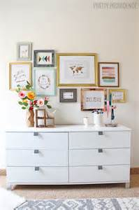 how to hang a gallery wall without nails