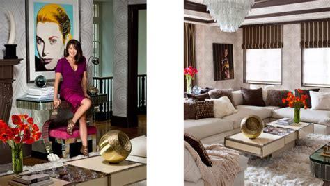 Design Your Livingroom tamara mellon modern chic living room gray wallpaper