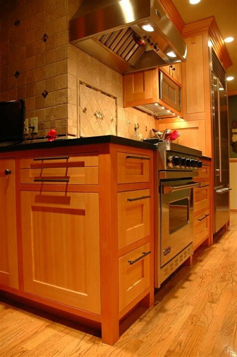 the cabinet legs kitchen ideas