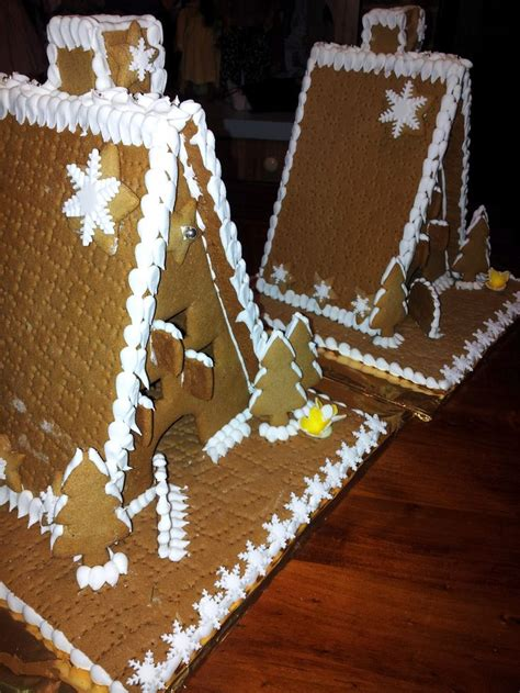 christmas on pinterest gingerbread houses garlands and gingerbread houses christmas pinterest