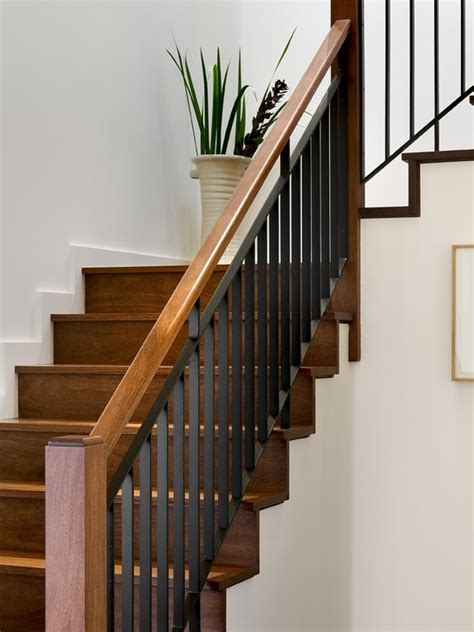 Ideas For Staircase Railings The 25 Best Stair Railing Design Ideas On Pinterest Staircase Railing Design Banister Rails