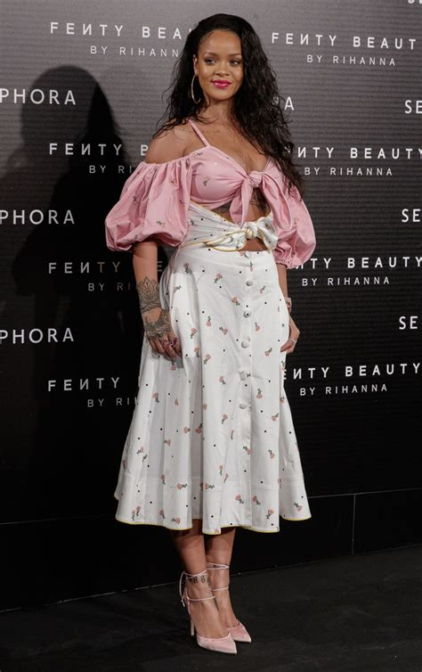 Dress Rihanna rihanna clothes looks stylebistro