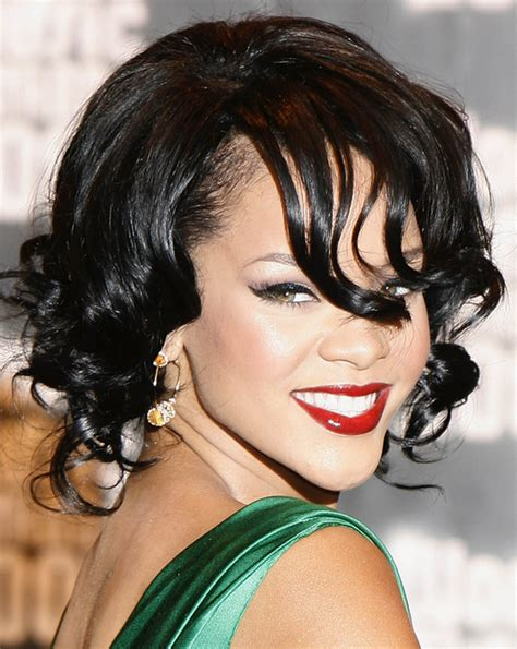rihanna hairstyles gallery pictures rihanna long hairstyles rihanna curly bob