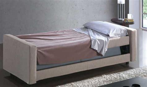 redaelli divani redaelli divani girevole arredamenti spagnolini