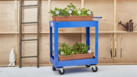 portable herb garden diy portable herb garden better homes and gardens