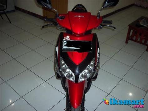 Honda Vario Hitam 2012 jual honda vario cw 2010 merah hitam gresss motor