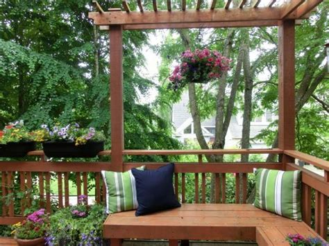 space planning tips for a deck hgtv small space decorating ideas pictures deck and patio