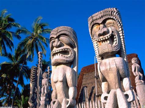 The Tiki Hawaiian Tiki Statues Wallpaper 8366 Open Walls