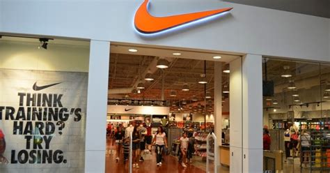 Harga Vans Store Indonesia alamat nike shoes outlet di indonesia sneakersholic