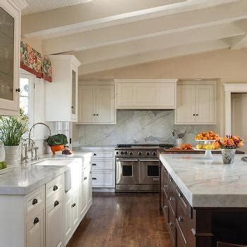 Kitchen Cabinets Vaulted Ceiling Kitchen With Vaulted Ceiling Transitional Kitchen Lda Architects