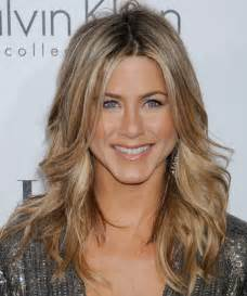 aniston hairstyles for 2017