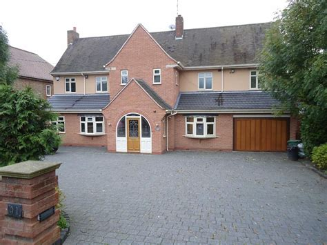 4 bedroom house for sale leicester 4 bedroom detached house for sale in stoughton road oadby