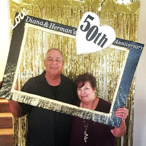 photo booth fun a weekend of weddings fishee designs 50th anniversary photo booth fun diy frame crafts by