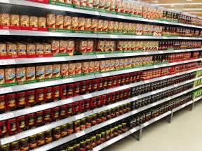 supermarkt regale facing retail