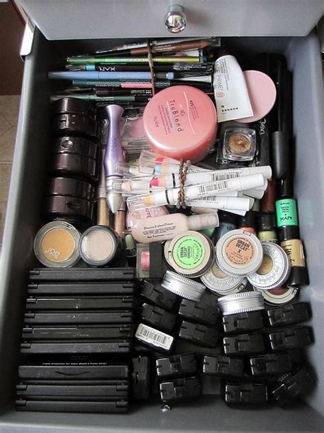 How To Organize Makeup Drawer by The World S Catalog Of Ideas