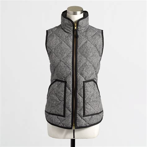 Quilted Puffer Vest by J Crew Factory Quilted Puffer Vest In Herringbone In Gray