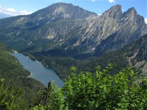 aig estortes estany de sant maurici national park pyrenees spain 1 25 000 trekking map alpina books catalonia aig 220 estortes and llac de sant maurici