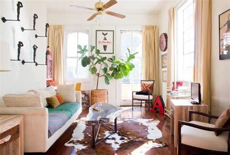new orleans style living room 10 inspiring new orleans spaces design sponge