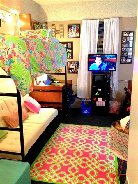 dorm life creating a cool college dorm room dig this design 112 best decorate your room images on pinterest home