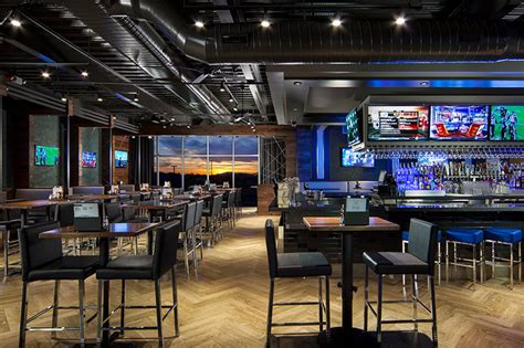 top sports bar topgolf gilbert the ultimate in golf games food and fun