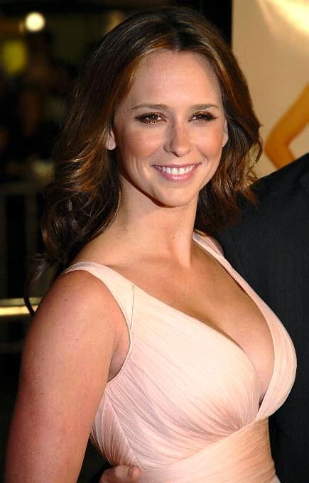 Jennifer Love Hewitt   Wikipedia