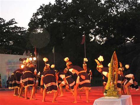 pongal dance dances  pongal folk dances  pongal