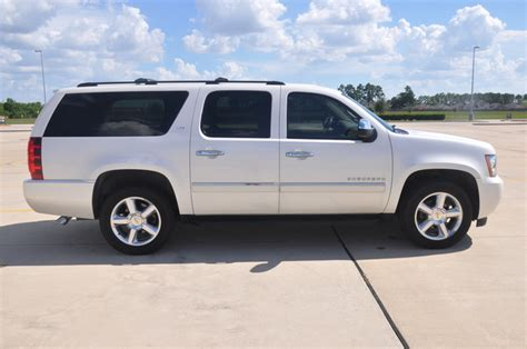 how to work on cars 2012 chevrolet suburban 1500 navigation system 2012 chevrolet suburban pictures cargurus