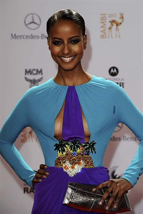 Syari Nurma by Road To Miss Universe Germany 2013