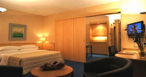 alberghi torino vicino stazione porta nuova hotel torino 4 stelle in centro albergo vicino porta nuova