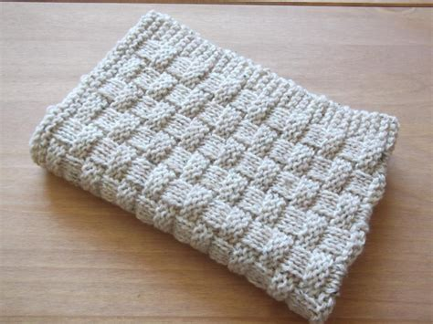 easy knitted baby blanket and easy basket weave baby blanket by daisygrayknits