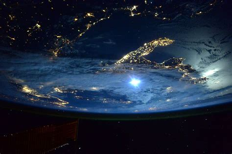 best pics nasa shares the 45 best pics from kelly s