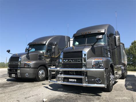 mack and volvo driving the new mack anthem truck news