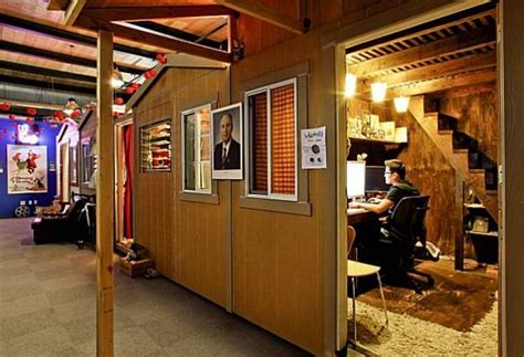 pixar cubicles pixar shed pinspiration pinterest creativity
