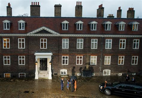 kensington palace apartment kate middleton photos photos the obamas dine at