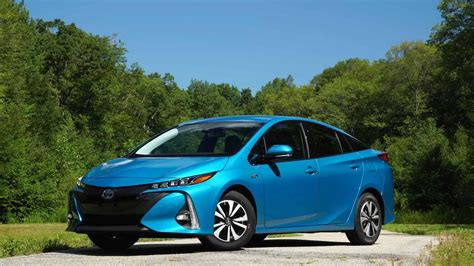Toyota Prius In Review 2017 Toyota Prius Prime Review Consumer Reports
