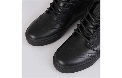 14 sneaker dress shoes
