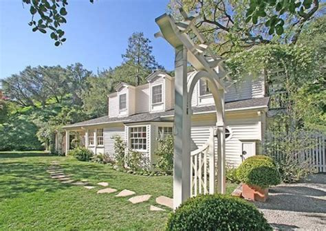 taylor swift house beverly hills country music superstar taylor swift has according to reports all over the