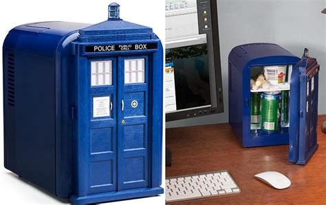tardis mini desk fridge g33king out