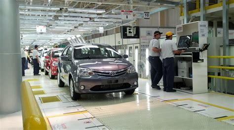 Toyota New Plant In India Brazil 100 000th Toyota Etios Leaves Sorocaba Factory