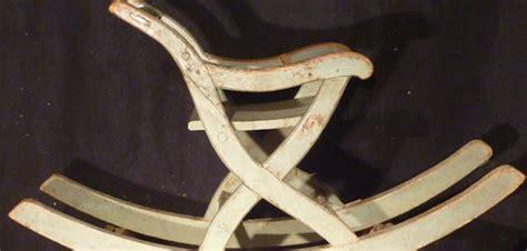 sedia a dondolo antica la sedia a dondolo fra storia e modernit 224